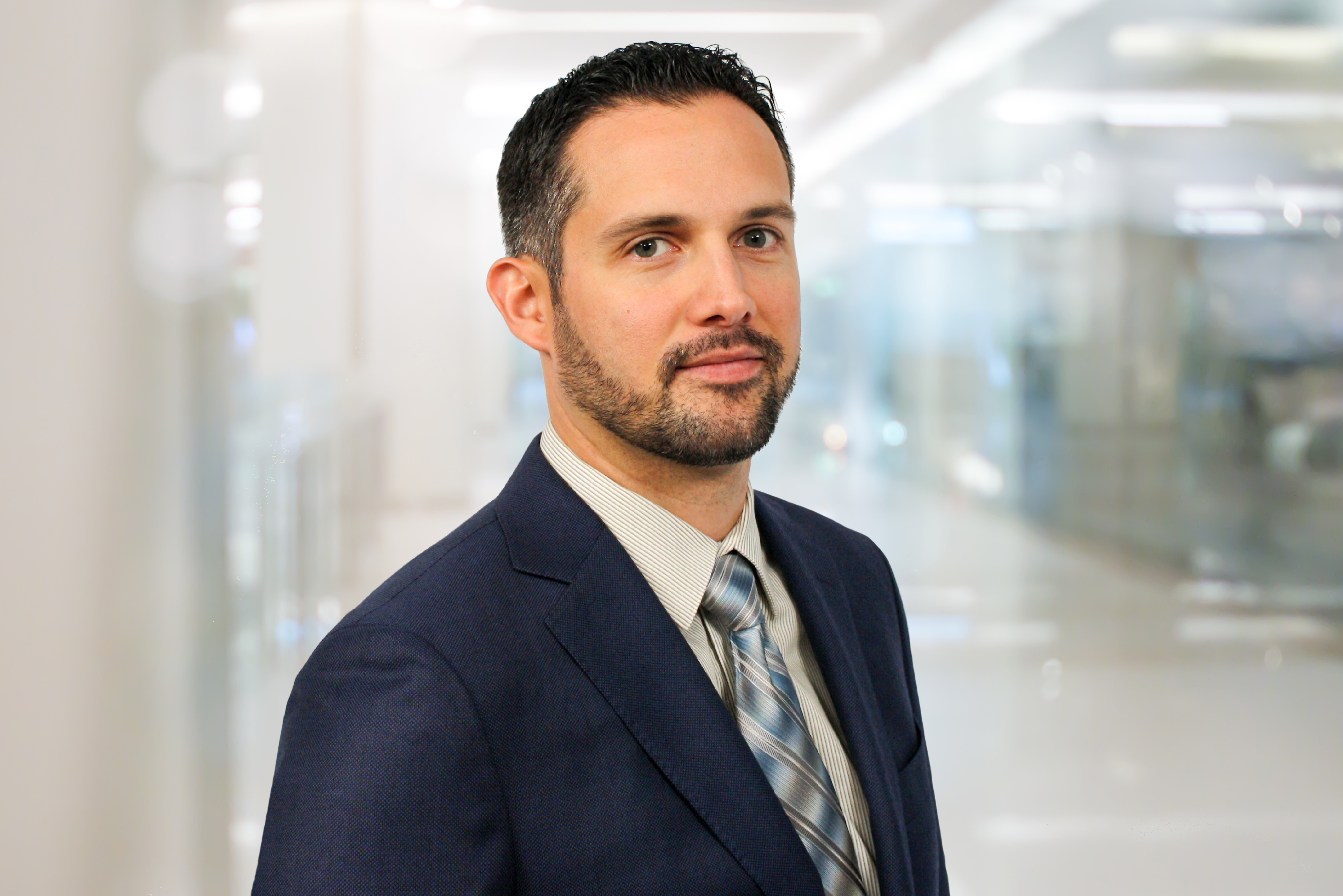 Headshot photo of Eric Assaraf