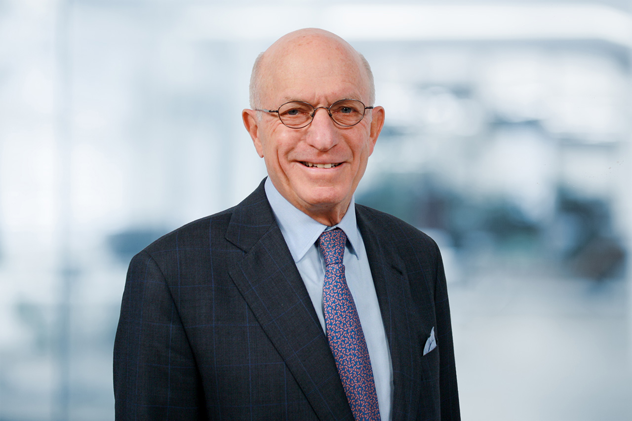 Headshot photo of Thomas W. Strauss